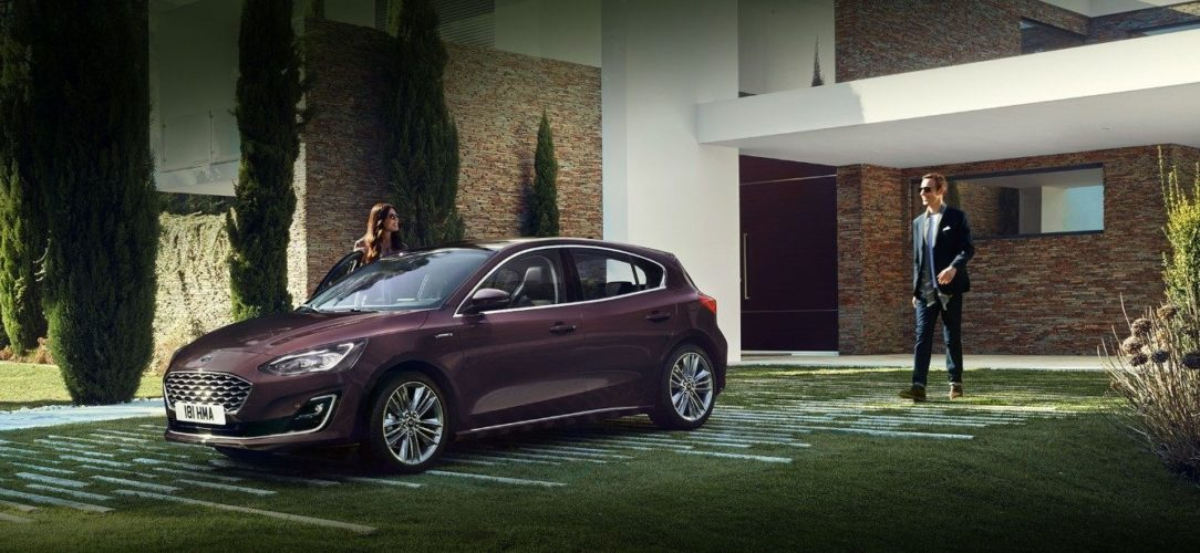 ford-focus-vignale-eu-2018_Vignale_3_4_Front_V10-16x9-2160x1215-hero.jpg.renditions.extra-large
