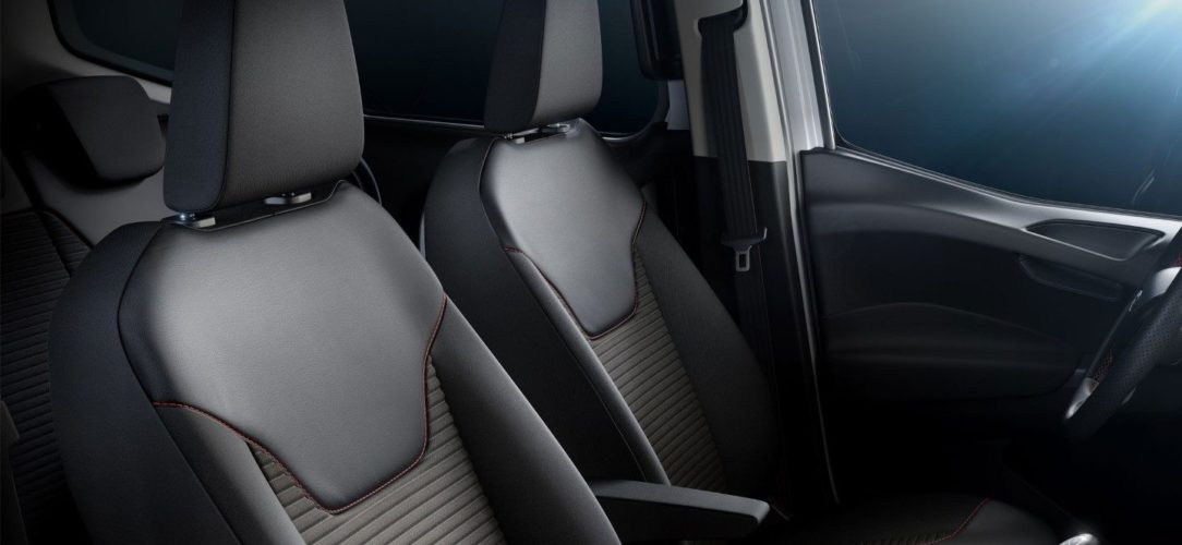 ford-tourneo_courier-it-3_3_B460T_M_L_42504-16x9-2160x1215-seats.jpg.renditions.extra-large