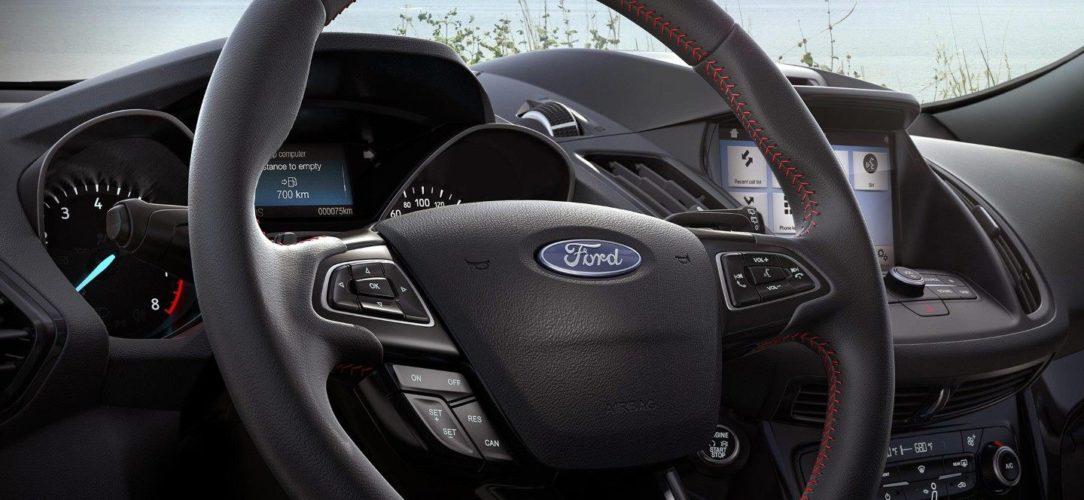 Ford-Kuga-eu-17_foe_c520_200026_stline_steeringwheel_lhd-16x9-2160x1215.jpg.renditions.extra-large
