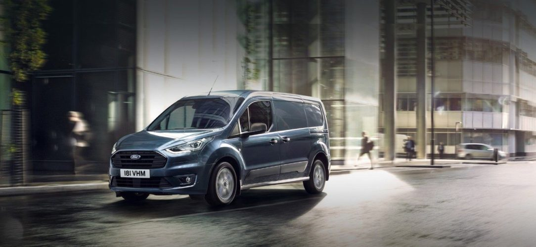 ford-transit_connect-eu-01_TransitConnectV408_Crops_Central_GUXBBDNP-21x9-2160x925-bb.jpg.renditions.extra-large