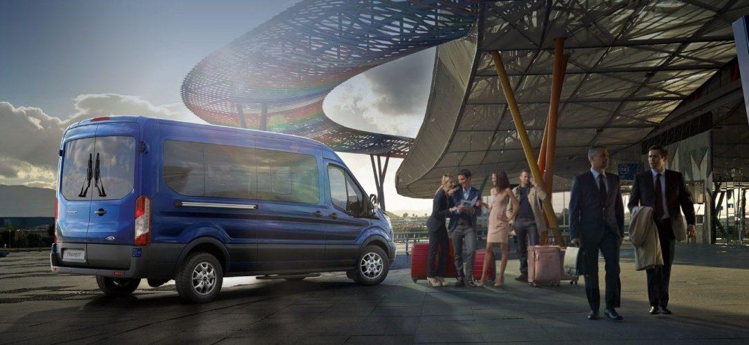 ford-transit_minibus-eu-3_V363T_31066_L_3370511-21x9-2160x925-bb-parked-airport.jpg.renditions.extra-large