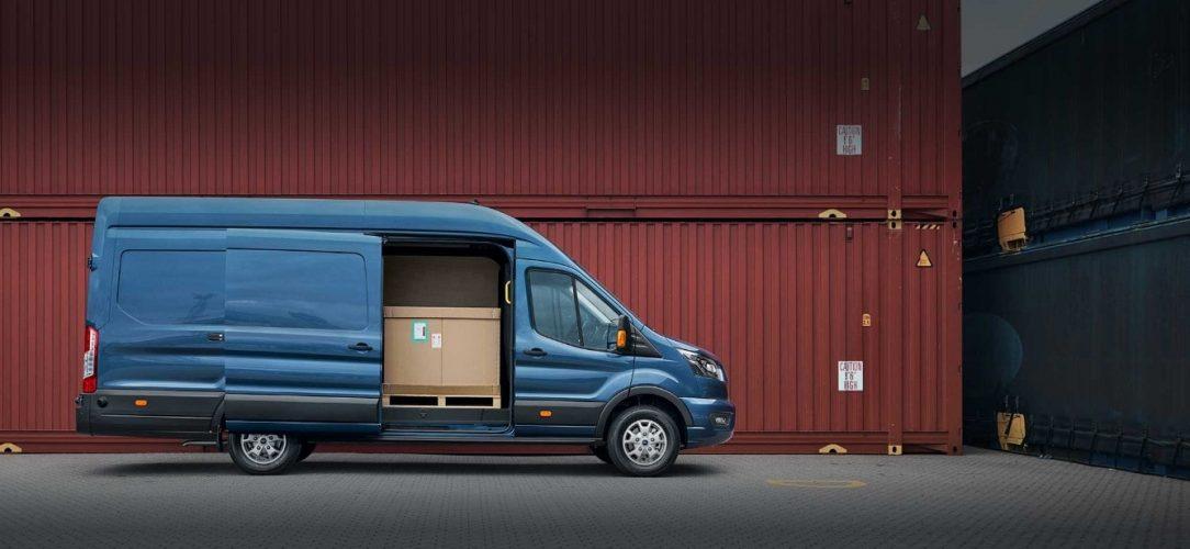 Ford-Transit_Van_EU-2018_FORD_TRANSIT_V363_Shot-8_RailHeadProfileStatic_08_open_RT4-21x9-2160x925-NP_BB_D.jpg.renditions.extra-large